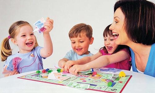 Настольные игры для семейного досуга